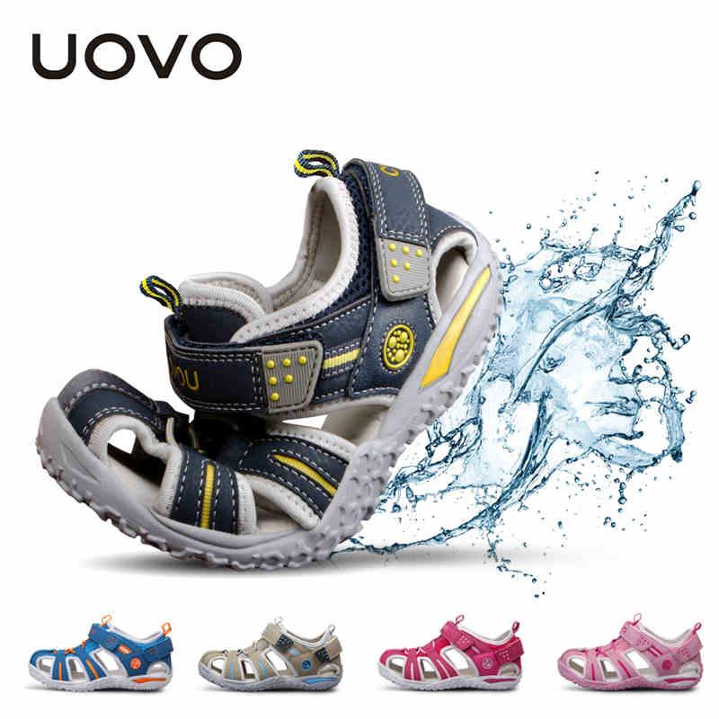 UOVO الصيف الشاطئ الفتيان الأحذية مغلقة اصبع القدم الصنادل للبنين مصمم طفل الصنادل ل 4 - 15 سنة الصنادل للفتيات