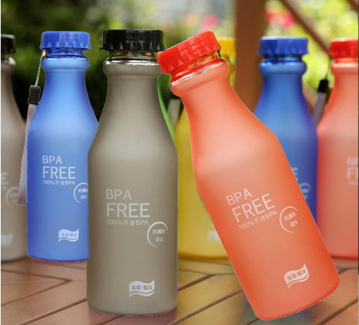 Irrompible al aire libre botella de agua deportiva para viaje portátil a prueba de fugas transparente & Scrub + cuerda 550ML contigo termo taza A1