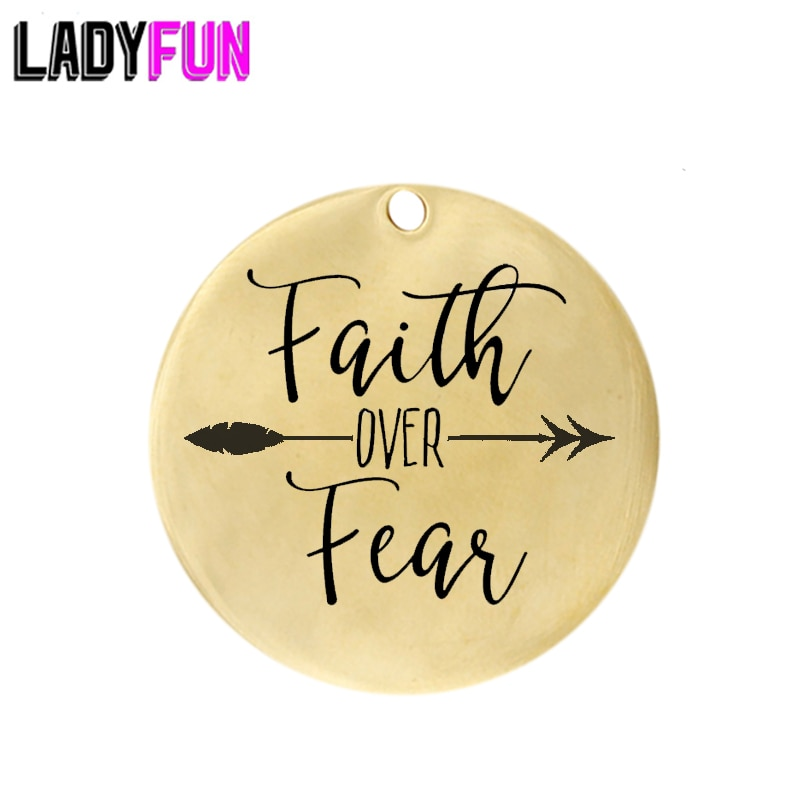 Etiqueta Faith over Fear Charm de acero inoxidable para hacer joyas DIY