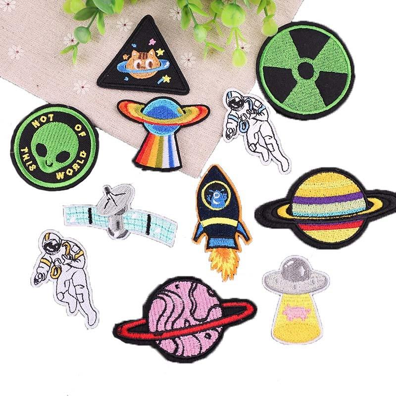 11 шт./лот, Космический пластырь с железом, подвеска в виде космонавта и планеты, патчи для одежды, рюкзак с вышивкой UFO Alien, наклейки с аппликац...