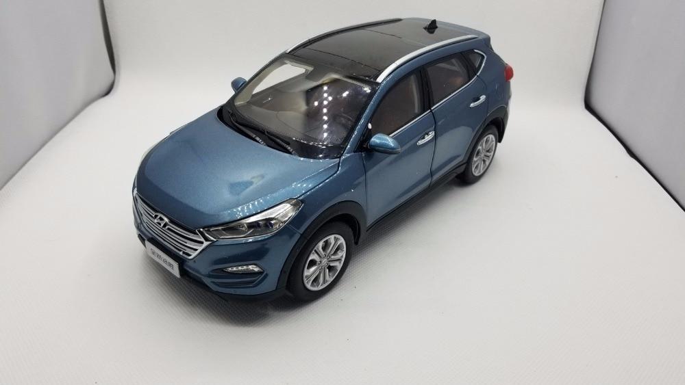 118 Diecast דגם סגסוגת ליונדאי טוסון 2016 כחול SUV נדיר מכונית צעצוע מתנות אוסף מיניאטורי IX