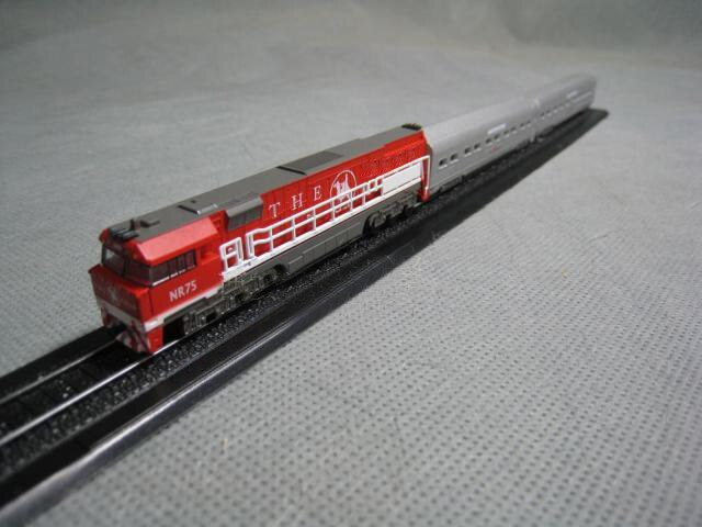 rare  Special Offer  1:220 23Z Proportional Train Suit Super  Exquisite Static Train Model