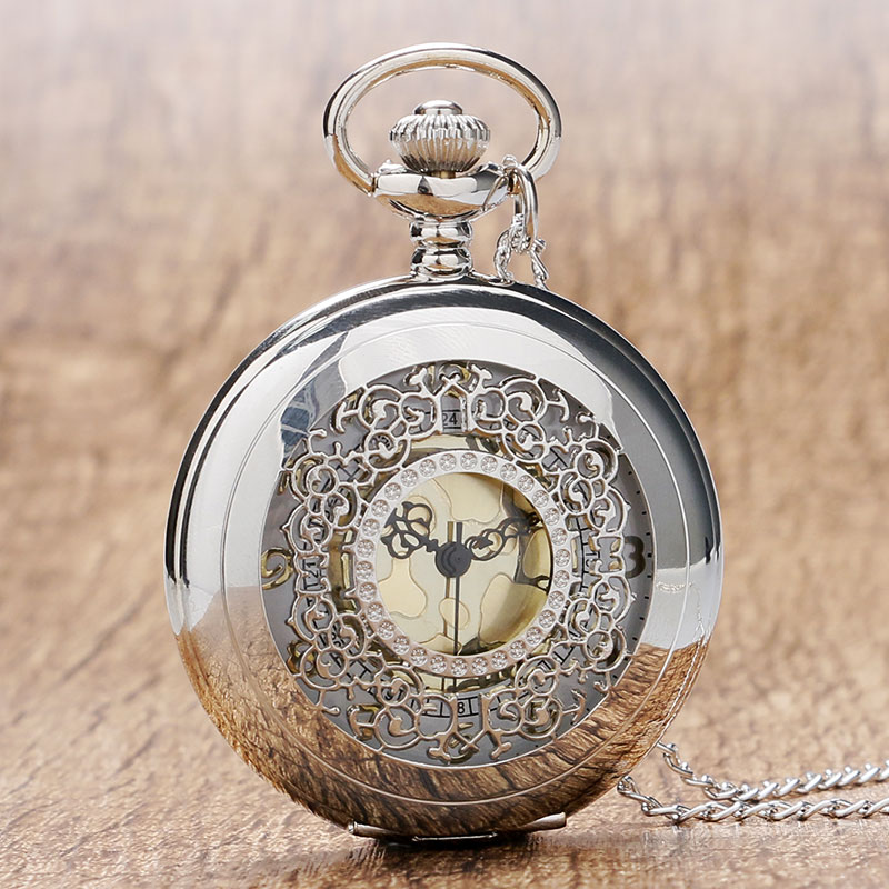 Retro Hollow Silver Tone Quartz Pocket Watches Women Men Watch Necklace Pendant with Chian 2018 High Quality Luxury Gift fashion silver heart shaped lovely hollow elegant quartz pocket watch necklace pendant for women ladies girl birthday gift p605