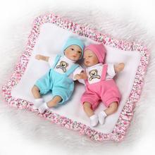Nicery 8 pouces 20cm Bebe Reborn Mini poupée souple Silicone réaliste jouet cadeau pour enfant noël rose chapeau bleu chapeau deux poupées