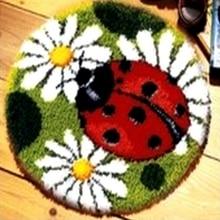 DIY Needlework Unfinished Crocheting Rug Yarn Cushion Mat Ladybird Flowers Embroidery  carpet