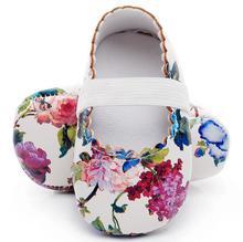 Vente chaude style floral semelle souple en cuir pu bébé filles princesse chaussures bébé mocassins mary jane robe chaussures premiers marcheurs