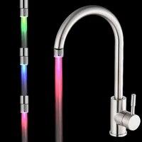 Lumieres colorees pour robinet deau  pomme de douche a lueur changeante  aerateur de robinet de cuisine  produits de salle de bains