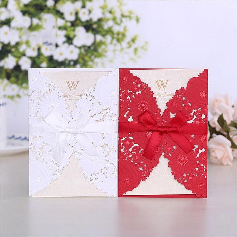 1 stücke Weiß Rot Laser Cut Hochzeit Einladungen Karte Elegante Grußkarten Umschläge mit Band Hochzeit Party Favor Dekoration