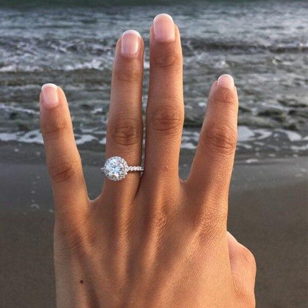 Huitan clássico anel de casamento cristal zircão cúbico acoplamento prong ajuste anel para moda feminina jóias venda direta da fábrica