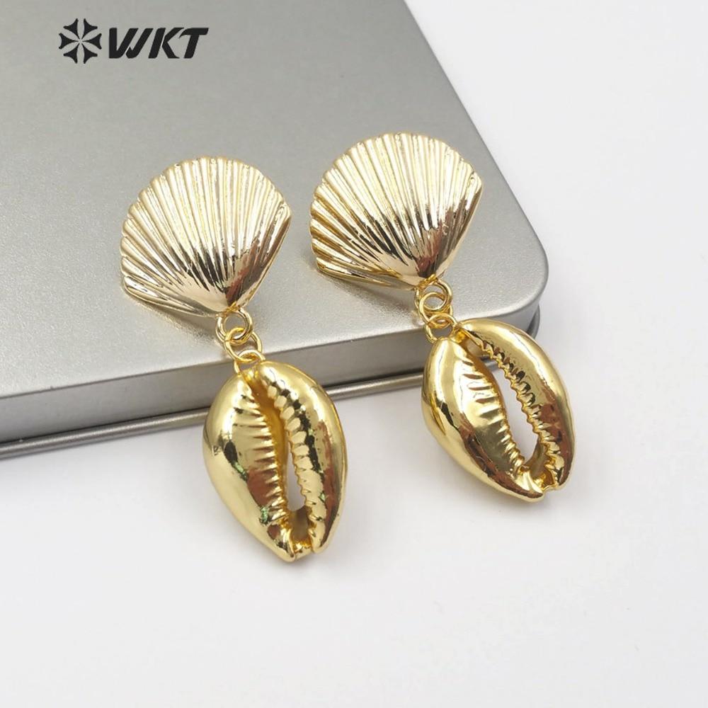 WT-E515 cauri natural pendiente festoneado forma de concha poste de Metal Stud con cauri pendiente de mujer a la moda joyería de playa de verano