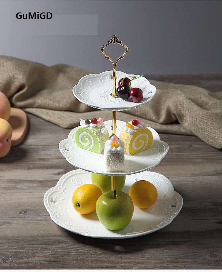 Guci الأوروبي السيراميك ثلاثة طبقة أطباق فاكهه بعد الظهر الشاي القلب طبق كعكة مطبقية iginality عيد ميلاد لوحة الزفاف