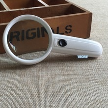 3X 68 مللي متر 2 LED أضواء مكبرة مجوهرات العدسة التكبير نظارات باليد منخفضة الرؤية جيب المحمولة المكبر فريسنل عدسة