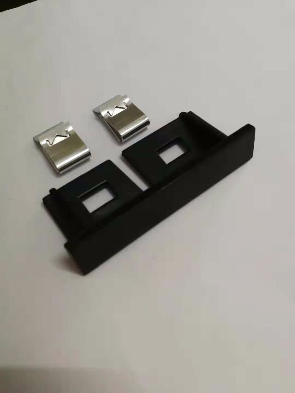 1х новая Автомобильная Матовая Серебристая хромированная черная металлическая решетка эмблема для Audi S line Sline A4 S4 RS4 A6 TT A3 эмблема