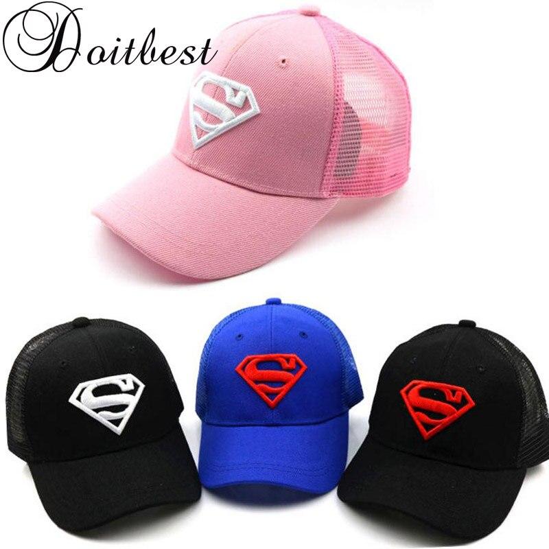2018 gorra de béisbol de malla para niños caliente verano bordado Superman niños sombreros para niño o niña snapback gorras para 2-8 años