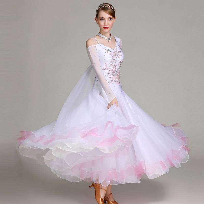 فستان رقص هامشي أبيض ، فستان رقص ، زي رومبا ، foxtrot