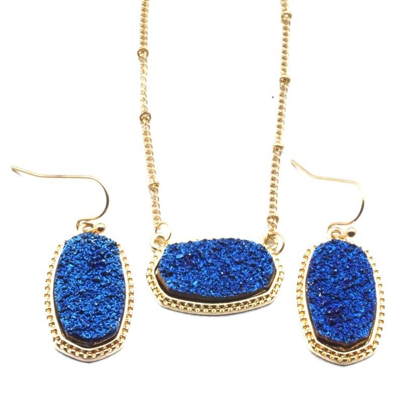 Collar con colgante de drusa iridiscente grande de 11 colores con pendientes hexagonales a juego, conjunto de joyería de moda de oro para regalo