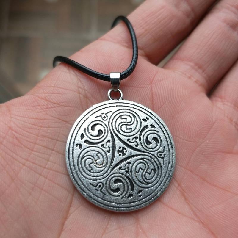 1 unidad, collar Vikingo, joyas de amuleto, Trinity magic merlin, triskele, triquetra celti, símbolo, colgante de Peltre