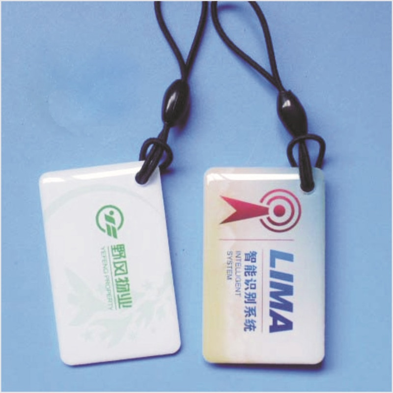 Customized          Fancy color printing custom adhesive plastic packaging labels