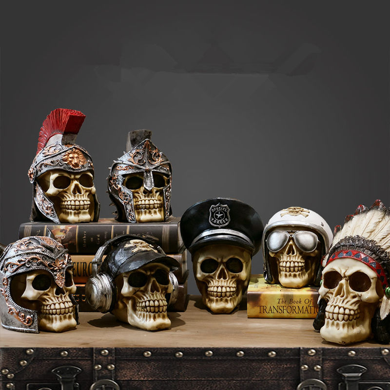 [Crafts] Retro arte, escultura tallada de pirata soldado indio piloto cráneo ornamento figura modelo estatua decoraciones para el hogar figuritas