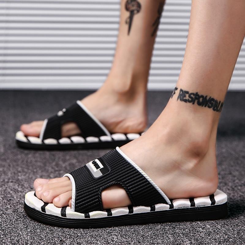Mens Slippers Flip Flops Summer Men's New Style Rubber Soft Shoes Outdoor Beach Sandals Men's Slippers Men  Massage Sandals 2018