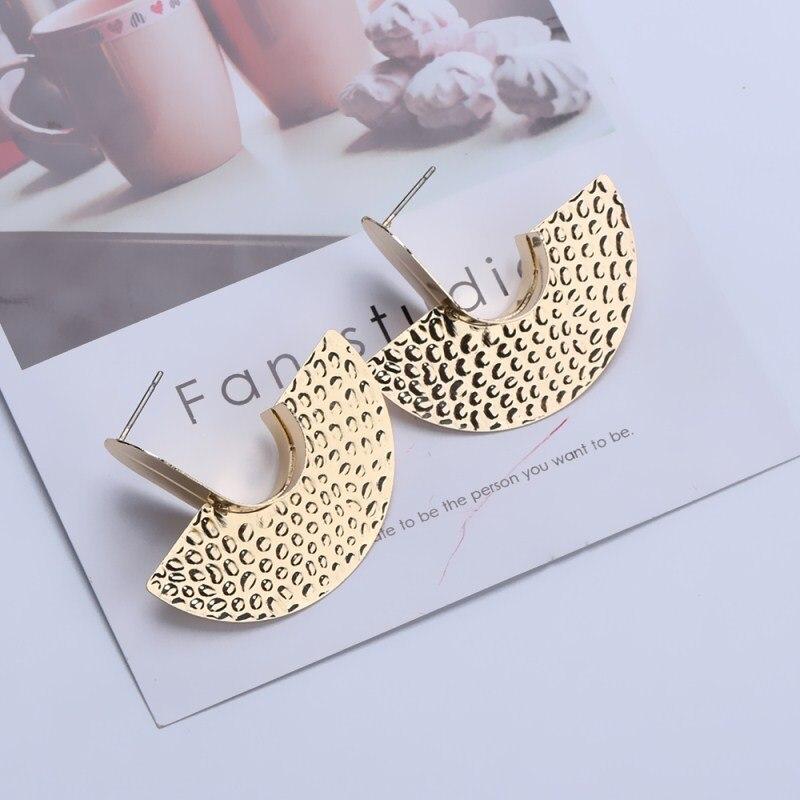 Fashion Handmade Metal Earrings for Women Hip Hop Punk Style Vintage Statement Personality Stud Earrings Party Jewelry Oorbellen
