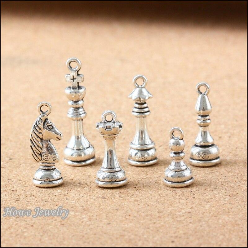 60 piezas vintage internacional ajedrez 3D colgante de plata antigua DIY estilo europeo joyería hallazgos B114