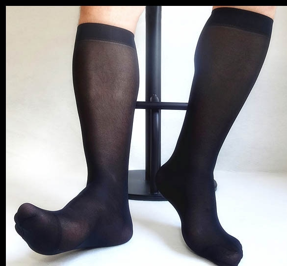 Novos Homens meias De Seda Cor Sólida Ultra Fino Sexy Sheer Nylon Mangueira para Gay Masculino de Alta qualidade terno Formal Vestido meias