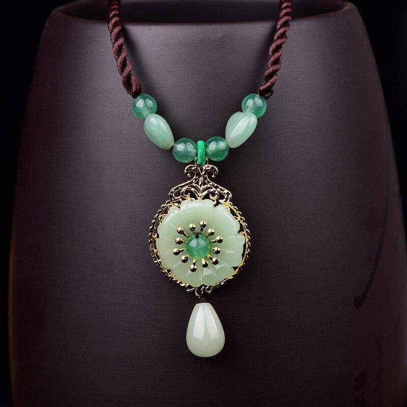 Collar étnico con colgante redondo de bronce y piedra de corazón para mujer, cadena de cuerda corta, collar de Aventurina con gota de agua, collar de joyería vintage