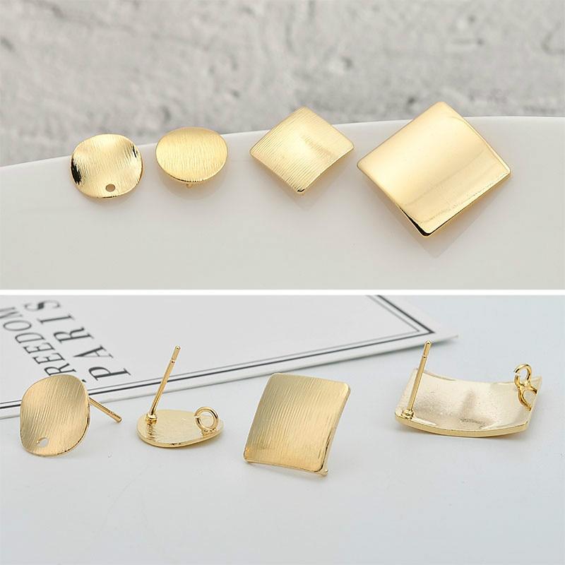Protección de Color 18K alambre de cobre dorado dibujo cuadrado onda convexa superficie espejo orejera material de pendientes DIY de uñas