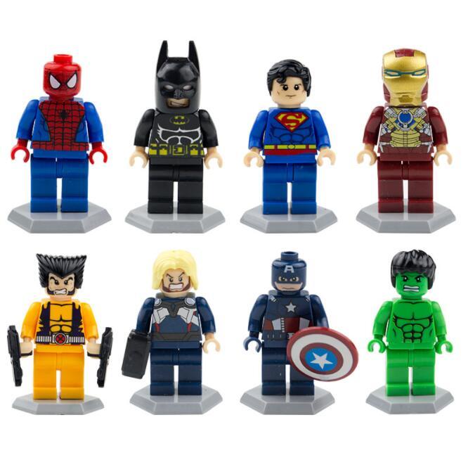 8 pçs/set Superman Raytheon Hulk Homem de ferro Homem Aranha Capitão Wolverine Batman Figura Toy Building Block