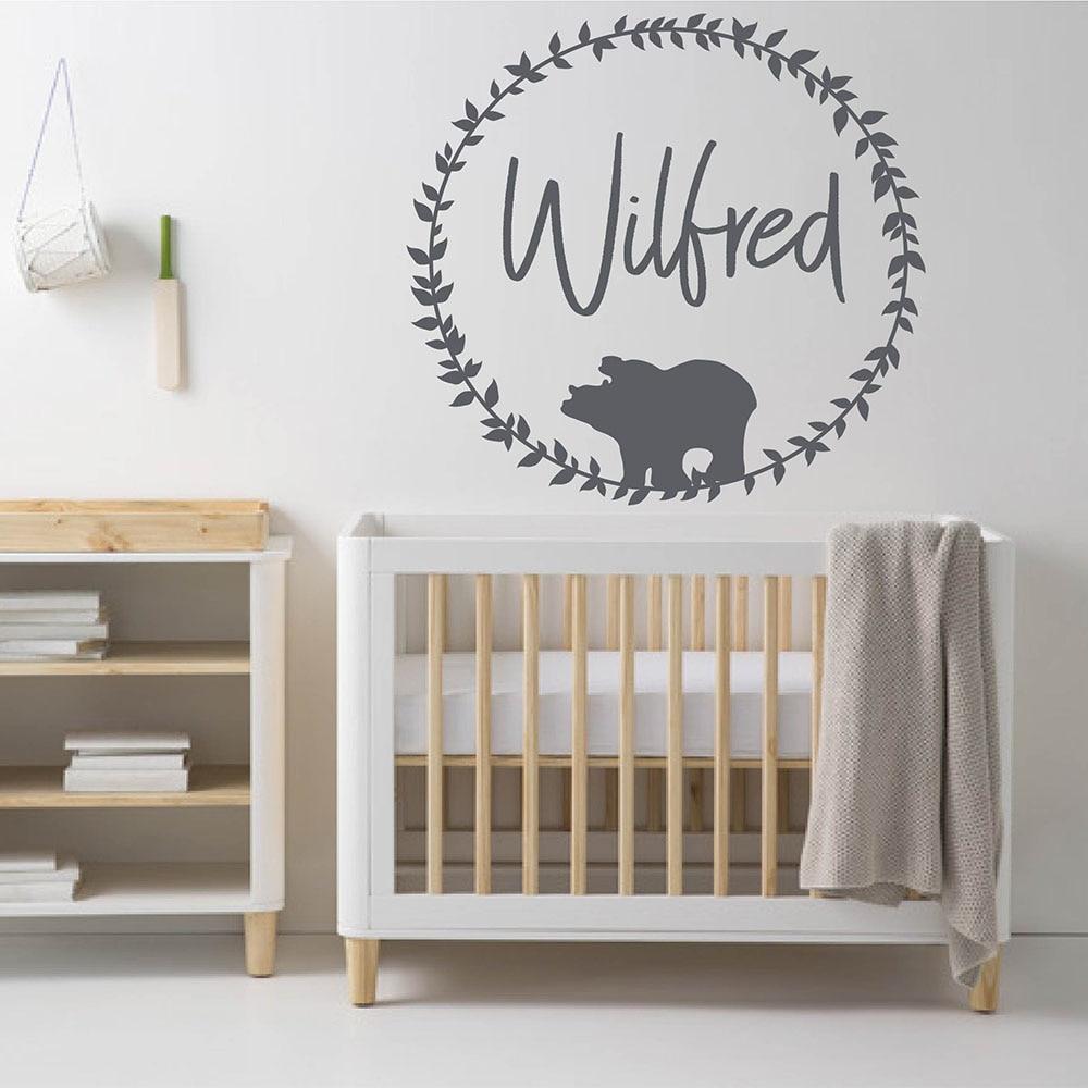 Autocollant personnalisé ours bois pour pépinière   Décor mural pour pépinière, ours bois avec nom, décor pour chambre denfants 845C