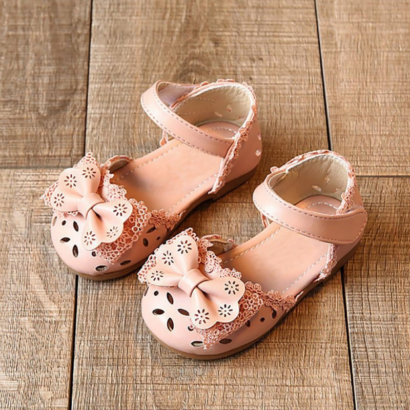 Fashion Princess Summer Sandals Anti Slip Soft Sole Lace Bow Hollow Strap Sandals Children Shoes