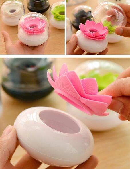 Nueva llegada con tapa Lotus recipiente para bastoncillos lotus algodón bud holder base room decorar/soporte para bastoncillos con forma de flor de loto recipiente para palillo de dientes