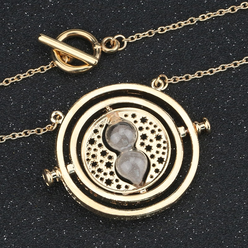 High Quality Time Necklace Rotating Hourglass Sand Glass Gold Color Pendant Fashion Vintage Hot Delicate Movie Jewelry Wholesale