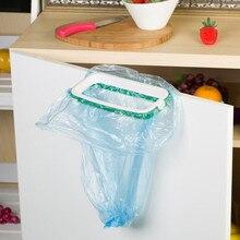 معلقة خزانة المطبخ على الباب القمامة رف نمط تخزين أكياس القمامة أكياس قمامة حامل معلق شماعات مع هوك