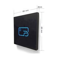 Yeni temperli cam çift frekanslı RFID 125 khz-1356 mhz nfc okuyucu wiegand erişim kontrol okuyucu + IC nfc etiketi/kimlik anahtar etiketi