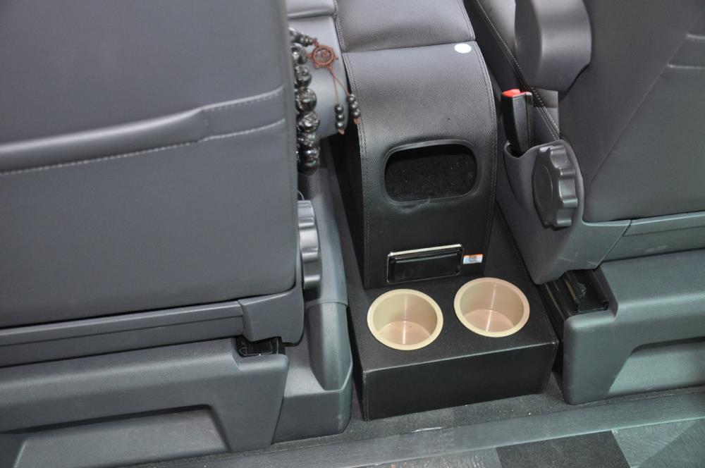 Punzón gratis para Multivan T5 coche original central apoyabrazos de coche consola caja de cuero de madera material personalizado para cualquier coche