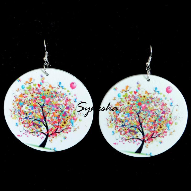 Модные-круглые-деревянные-серьги-для-женщин-цветные-серьги-с-рисунком-дерева