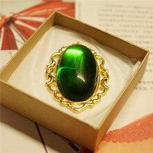 Anime Violet Evergarden collar Cosplay Vintage colgante verde diamante Jade accesorios Bolo accesorios para corbata mujer joyería Fans regalos