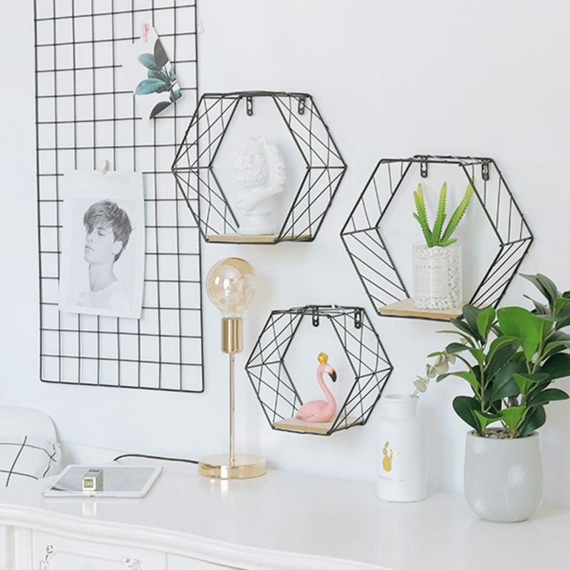 Nórdico de hierro Hexagonal rejilla de pared flotante estante combinación colgante de pared figura geométrica decoración de pared para sala de estar dormitorio