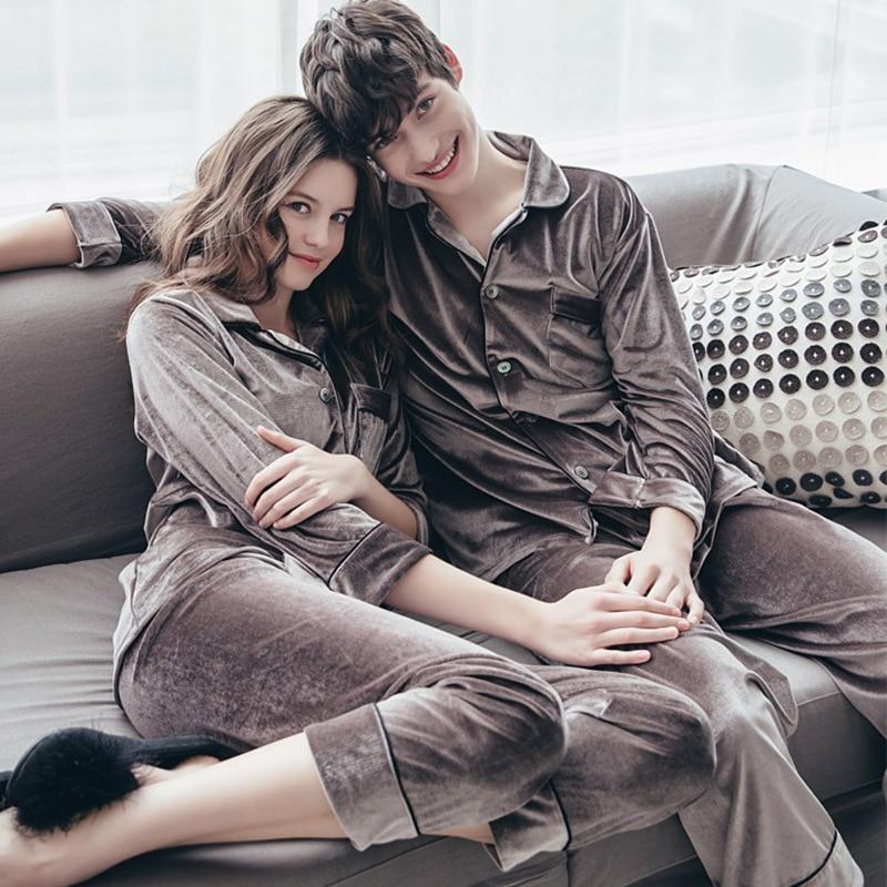 JULY'S SONG الخريف الشتاء زوجين منامة امرأة رجل منامة مجموعة ملابس خاصة الذهب المخملية بلوزات وسراويل منامة طويلة الأكمام Homewear