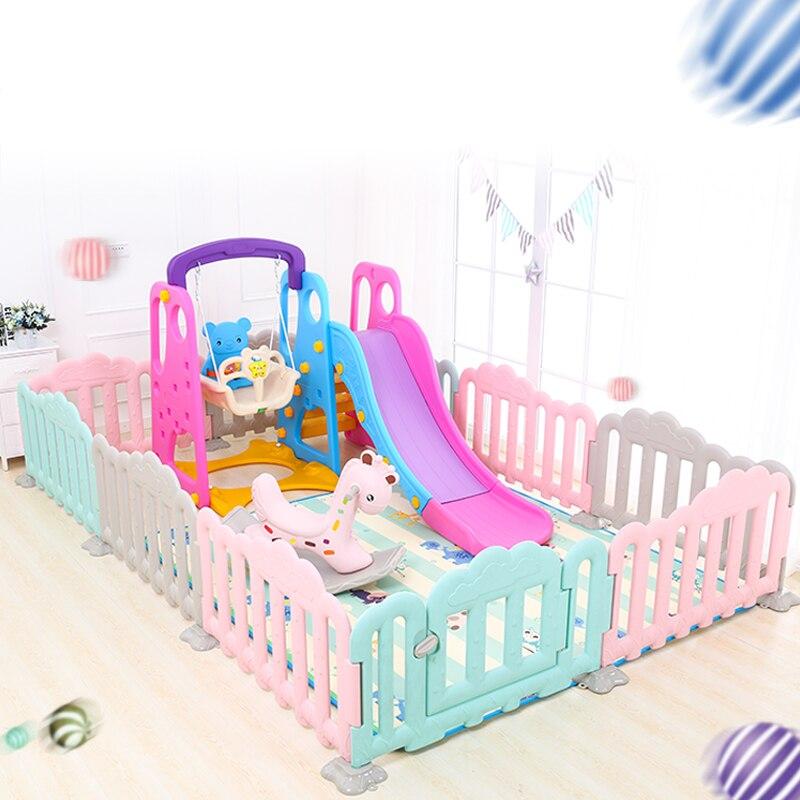 Parque infantil, columpio, caballo balancín, cerca de juego para bebé, parque de juegos interior para bebé