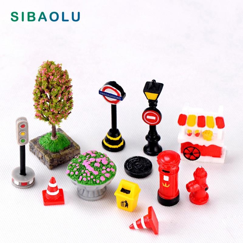 1 unidad de luz de señal de tráfico, cubo de basura, carrito de vendedor ambulante, modelo de artesanía de resina, figurita en miniatura, decoración de Jardín de hadas, accesorios DIY