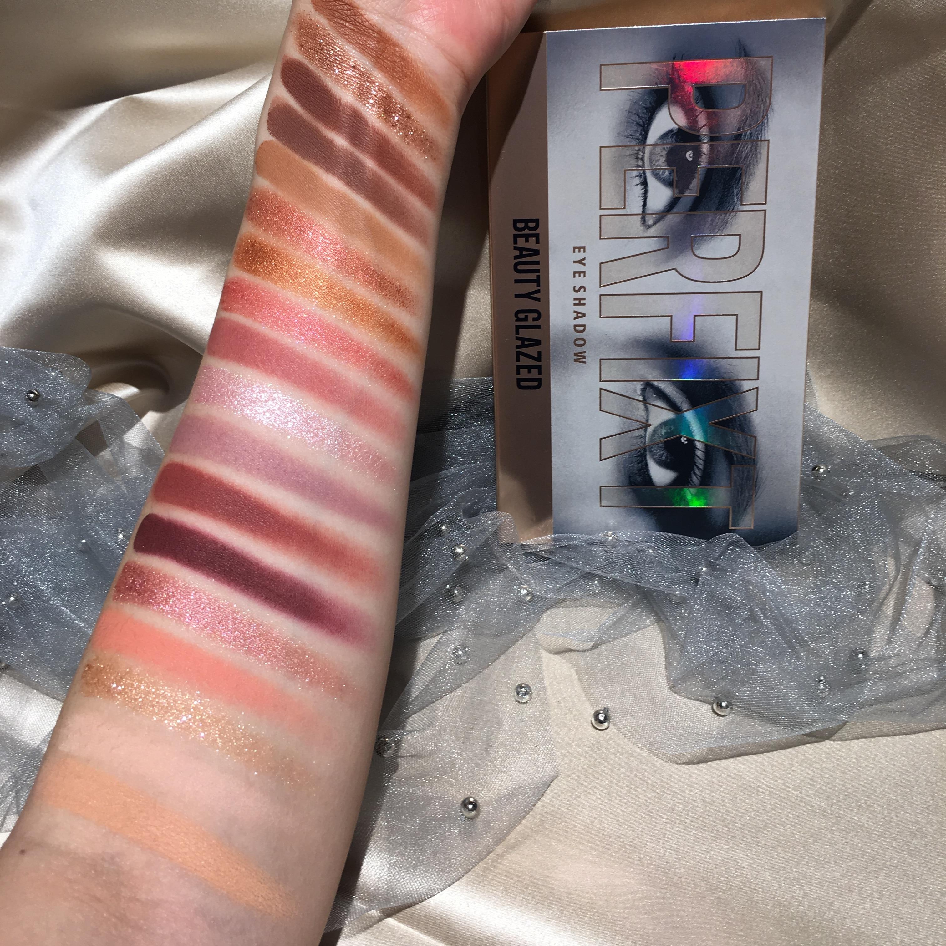 BEAUTY GLAZED Makeup paleta de sombras de ojos de 18 colores Color Nude paleta de sombras de ojos a prueba de agua paleta de sombras de ojos brochas de maquillaje paleta de sombras de ojos cosméticos