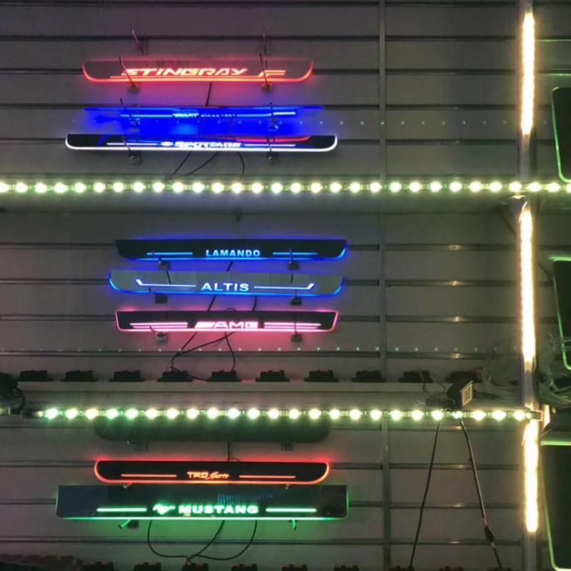 Pedal de desgaste de iluminación Led móvil Qirun para Audi daynamic, umbral de puerta, pedal de bienvenida, pedal de molduras interiores