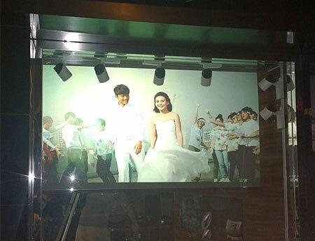 على بيع! فيلم أبيض شفاف ذاتي اللصق لعرض المتجر ، دقة عالية ، تباين عالي ، 1.524 م × 3 م