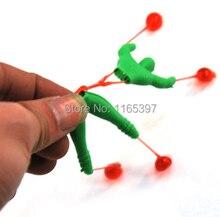 100 pc gąsienicowe człowiek zabawki śmieszne lepkie wspinaczka rolki spiderman pinata zabawka loot party wypełniacze lepkie zabawki ślub kid party na rzecz
