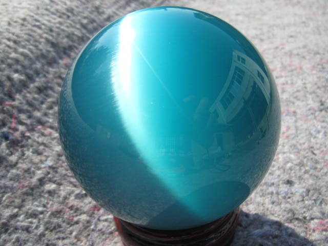 40-80mm soporte Venta caliente Asia cuarzo azul Ojo de Gato de cristal bola esfera A2
