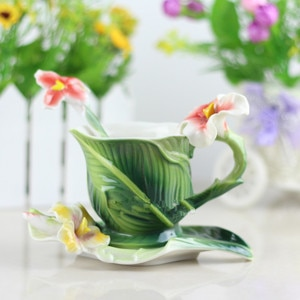1 SET Plantain Coffee Cup Colored Enamel Porcelain Bone China Tea cup With Saucer And Spoon Creative Gift  with a gift box