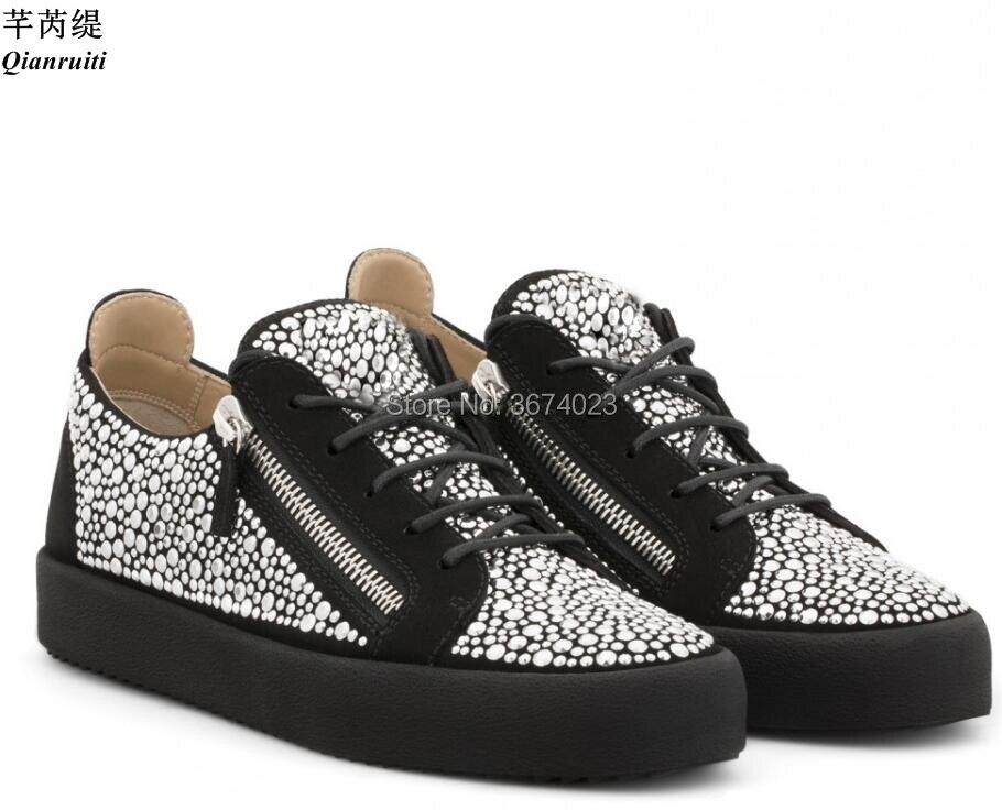 Qianruiti-أحذية رياضية غير رسمية للرجال ، أحذية رياضية ، مطاط ، كريستالات ، نعل مسطح ، مقدمة مستديرة ، أحجار الراين ، جزء علوي منخفض ، كاجوال